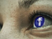 Come Facebook distrugge la privacy